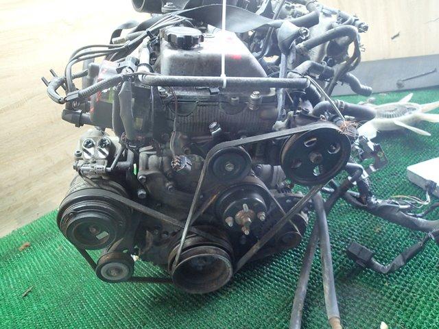 Двс Toyota Granvia RCH47 3RZ-FE (б/у)