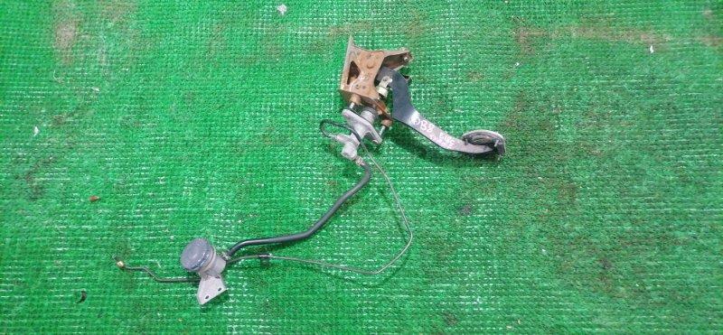 Педаль сцепления Honda Integra DB8 B18C (б/у)