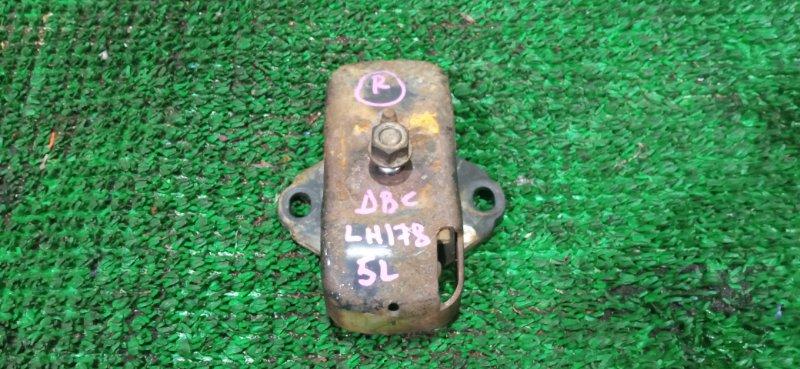Подушка Toyota Hiace LH178 5L правая (б/у)