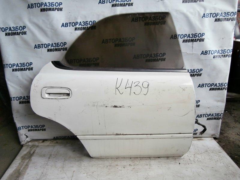 Дверь задняя правая Toyota Camry SV30 задняя правая (б/у)