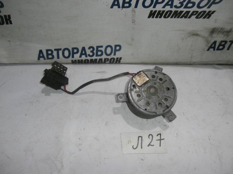Мотор вентилятора системы охлаждения Opel Astra H L48 X18XER 2007 передний (б/у)