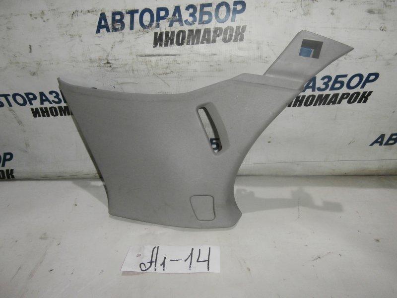 Накладка задней стойки Opel Astra H L48 X18XER 2007 задняя правая (б/у)