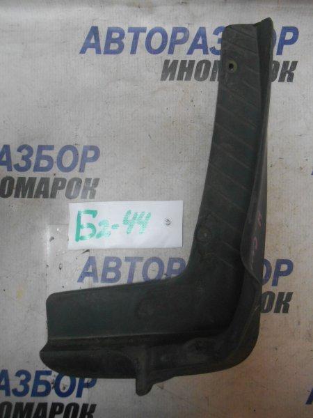 Брызговик передний правый Nissan Serena KAJC23 передний правый нижний (б/у)