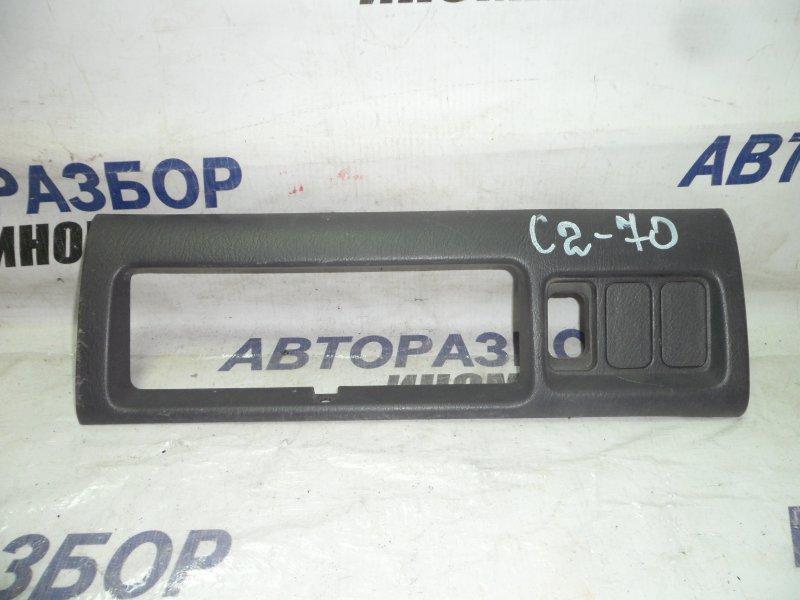 Накладка консоли Honda Stepwgn RF1 передняя (б/у)