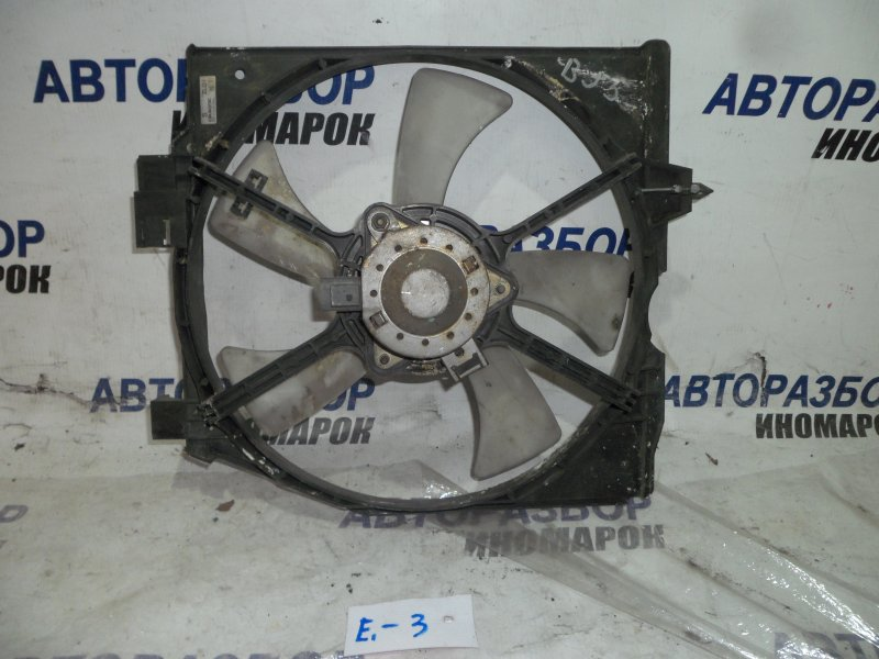 Диффузор радиатора Mazda Familia BJ3P передний (б/у)