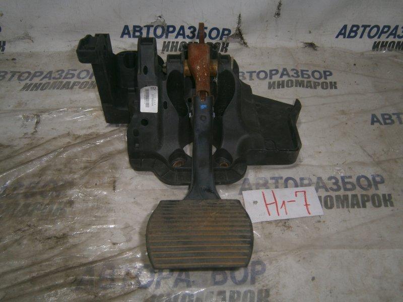 Педаль тормоза Opel Corsa D A12XEL передняя (б/у)