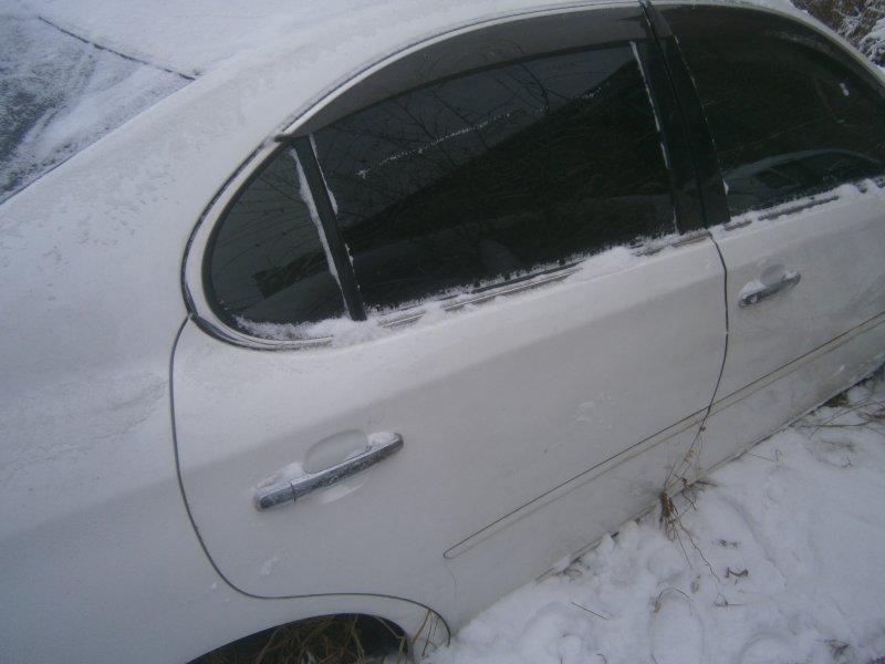 Дверь задняя правая Toyota Windom MCV30 задняя правая (б/у)