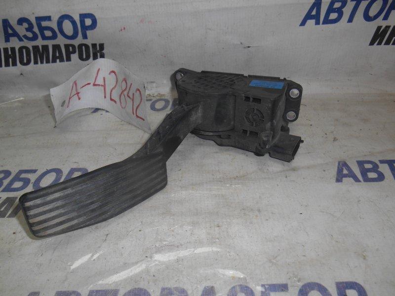 Педаль газа Lada Priora 2170 передняя (б/у)