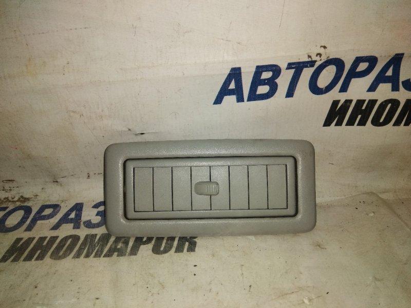Дефлектор воздушный Toyota Land Cruiser GRJ200 задний левый (б/у)