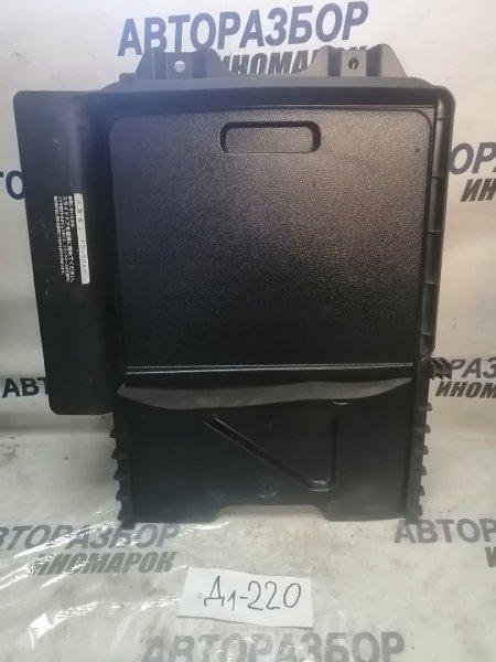 Ящик багажника Toyota Mark Ii GX110 (б/у)
