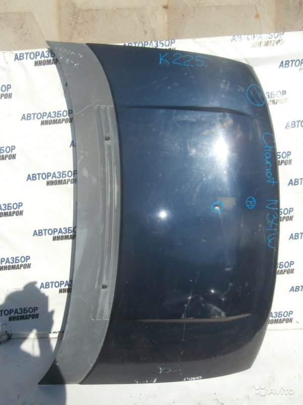 Капот Mitsubishi Chariot N31W передний (б/у)