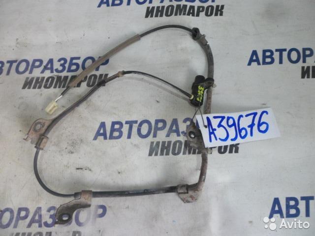 Датчик abs Toyota Rav4 ACA20 задний правый (б/у)