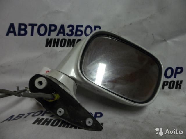 Зеркало правое Nissan Bassara HU30 переднее правое (б/у)