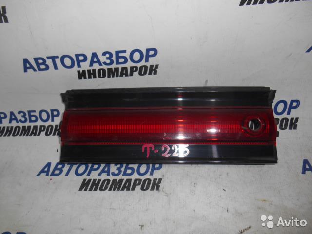 Вставка в крышку багажника Toyota Mark Ii JZX90 задняя (б/у)
