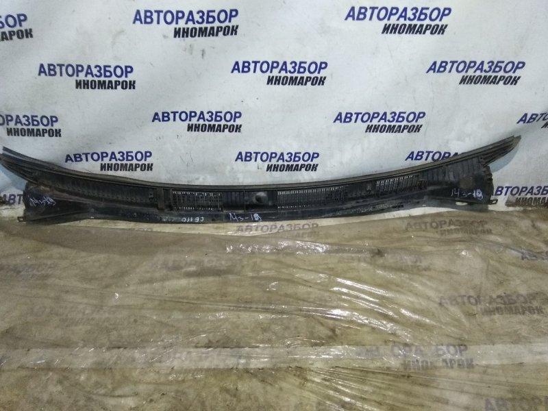 Решетка под дворники (жабо) Toyota Corolla AE110 передняя (б/у)