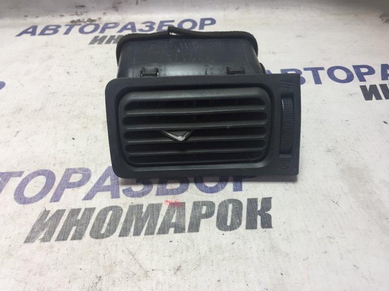 Дефлектор воздушный Toyota Allex NZE121 передний правый (б/у)