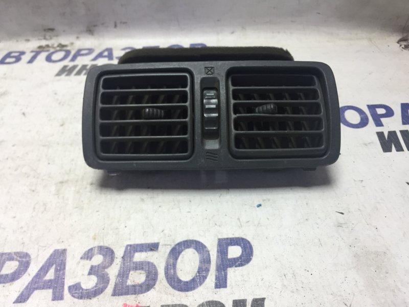 Дефлектор воздушный Toyota Rx300 ACU10 задний (б/у)