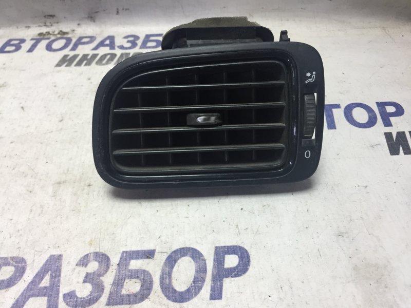Дефлектор воздушный Volkswagen Polo 601 передний левый (б/у)