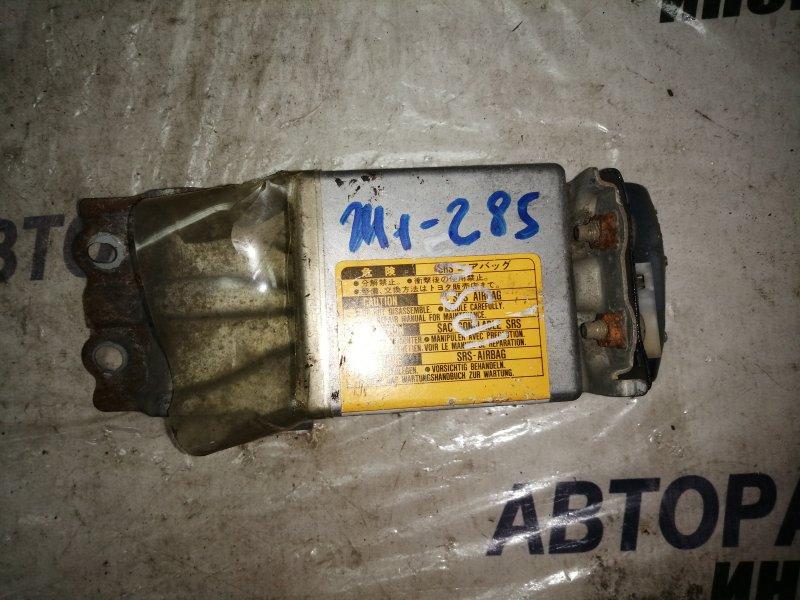 Блок управления airbag Toyota Ipsum SXM10 (б/у)