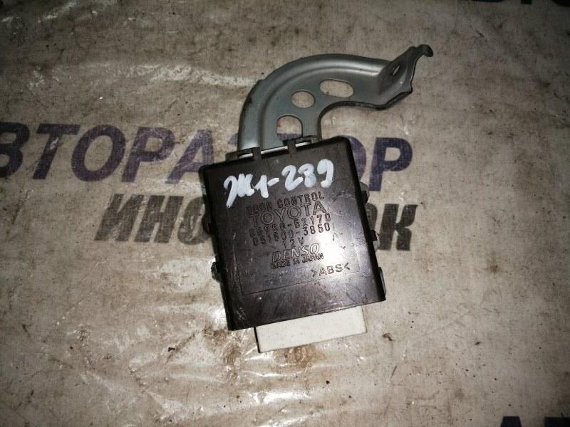 Блок управления дверями Toyota Platz NCP60 (б/у)