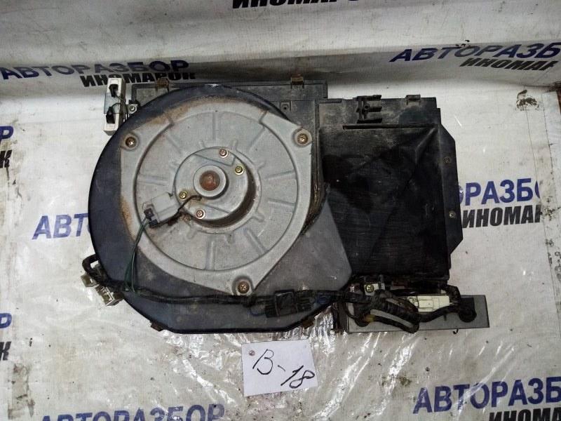 Мотор печки Nissan Gloria ENY33 задний (б/у)