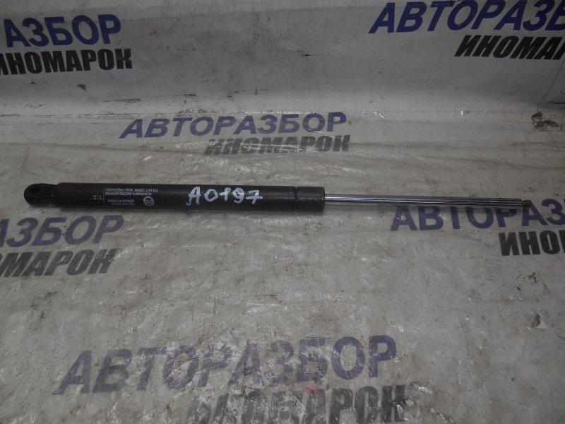 Амортизатор багажника Lada 2104 2104 задний (б/у)