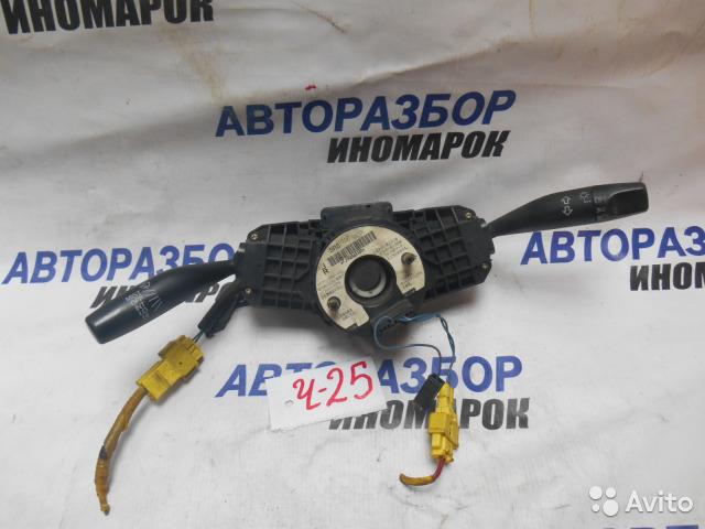 Блок подрулевых переключателей Honda Civic ES2 передний правый верхний (б/у)