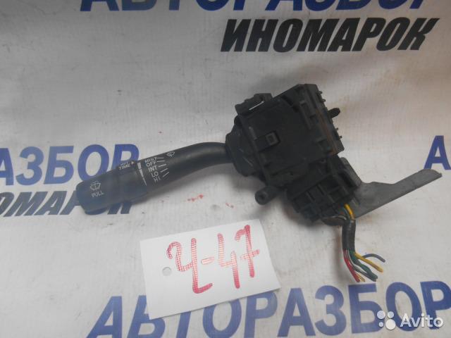 Переключатель стеклоочистителей Toyota Opa AZV50 передний правый верхний (б/у)