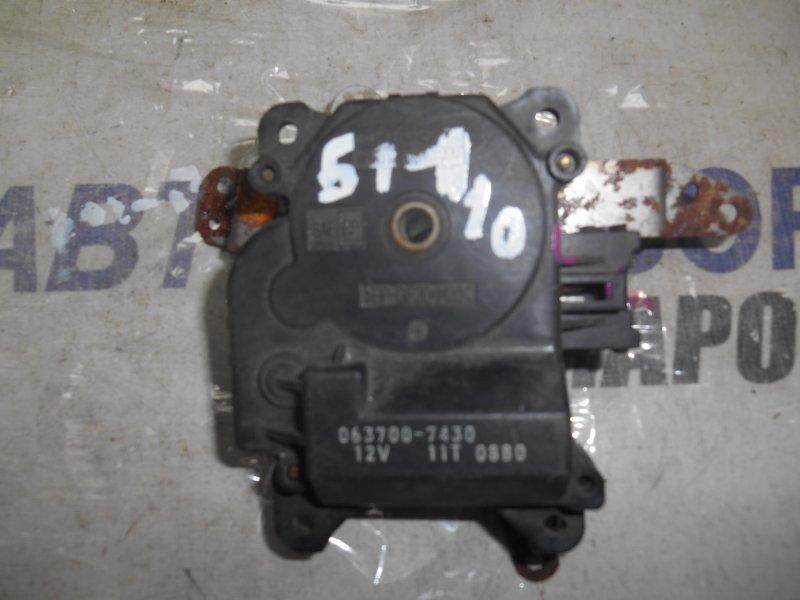 Моторчик заслонки отопителя салона Toyota Caldina AT191 передний (б/у)