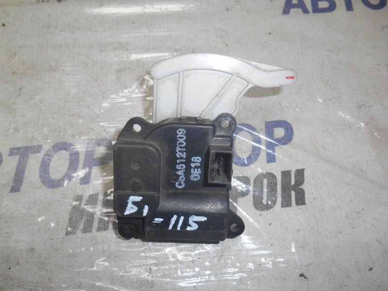 Сервопривод заслонок печки Suzuki Escudo TA04V передний (б/у)