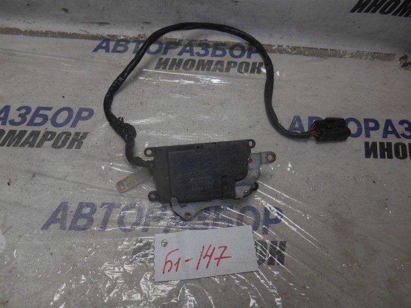 Сервопривод заслонок печки Toyota Carina Ed ST200 передний (б/у)