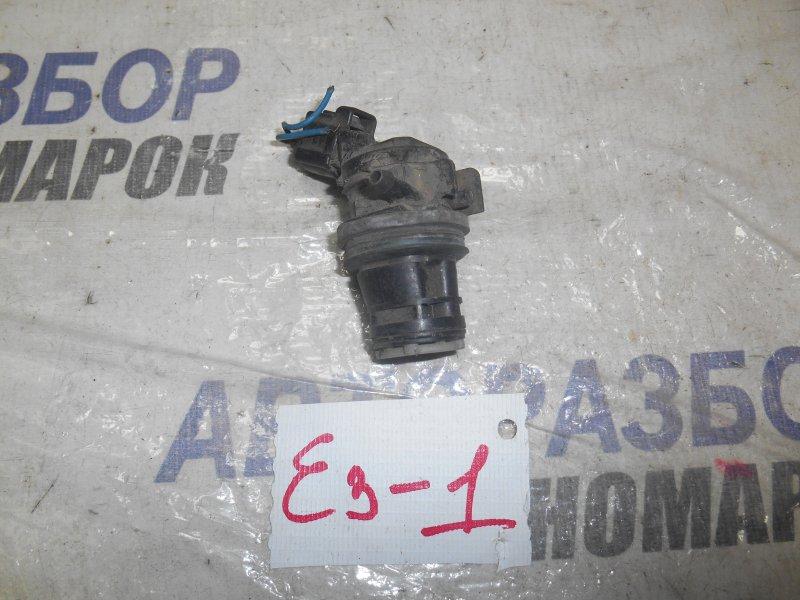 Насос омывателя лобового стекла Lexus Ct200H ZWA10 (б/у)