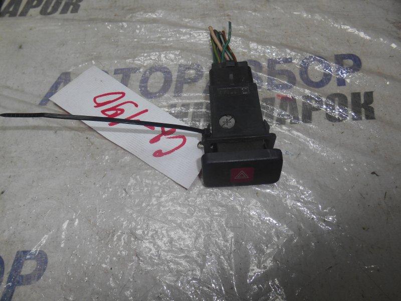 Кнопка аварийной сигнализации Toyota Lite Ace Noah CR41 передняя (б/у)