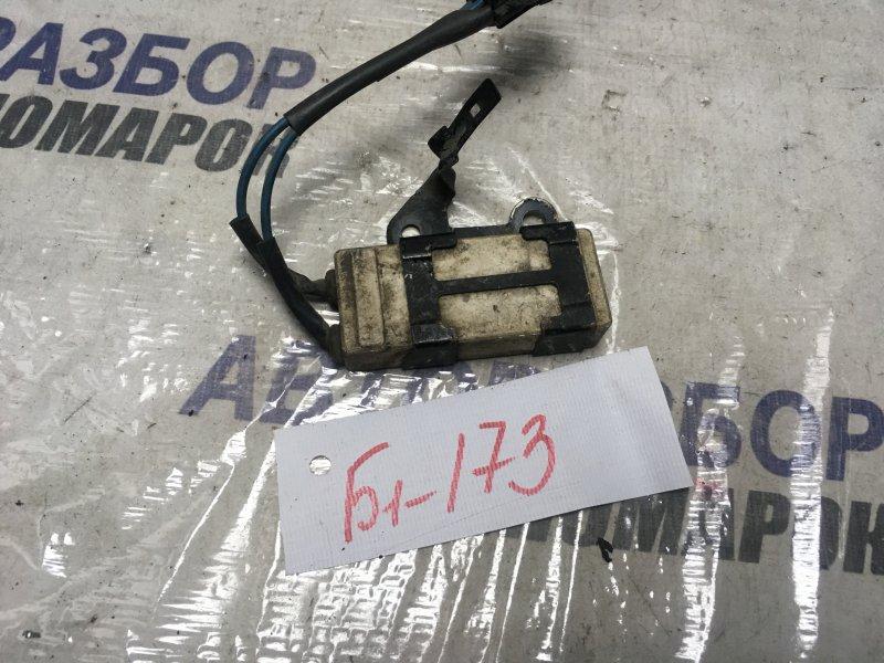 Резистор вентилятора охлаждения Toyota Allex NZE120 (б/у)