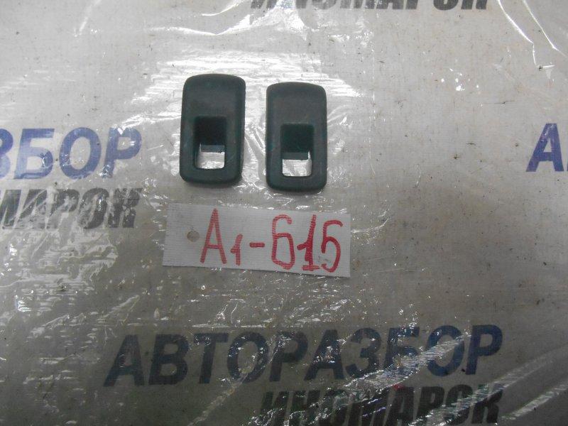 Заглушка ремня безопасности Toyota Rav4 ACA30 задняя (б/у)
