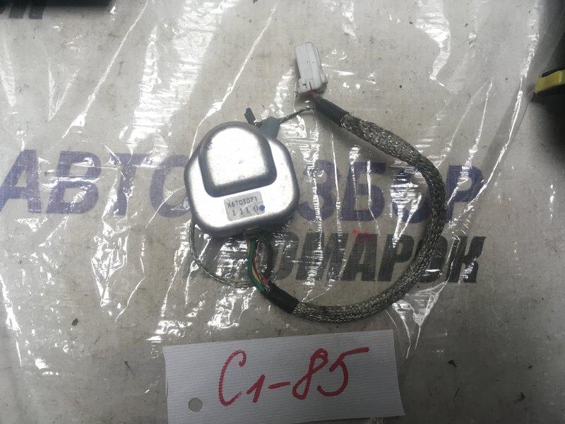 Разъем лампы ксенона Honda Cr-V RD4 передний (б/у)