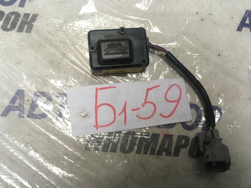 Датчик замедления Toyota Hiace VCK10 (б/у)
