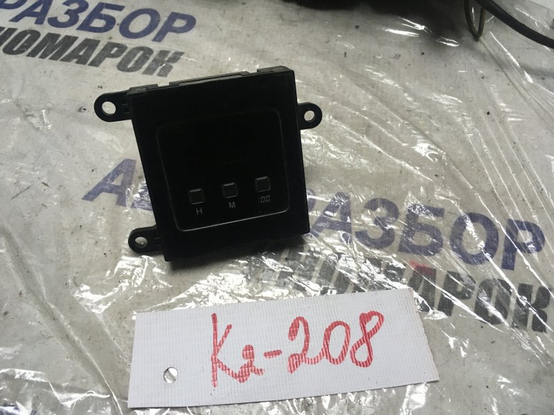 Часы Toyota Chaser GX81 передние (б/у)