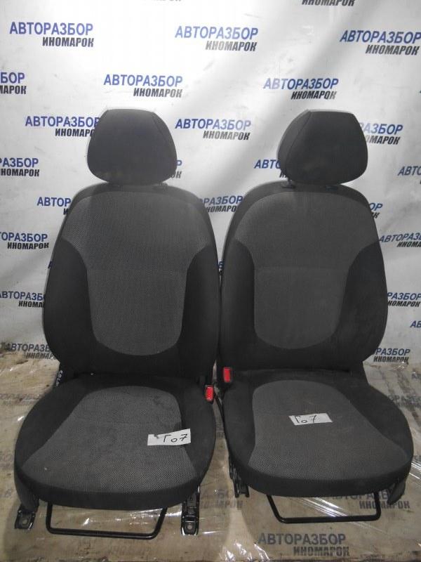 Сиденье переднее комплект Hyundai Solaris RB переднее (б/у)