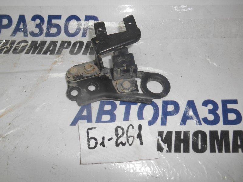 Конденсатор зажигания Hyundai Accent HG передний верхний (б/у)
