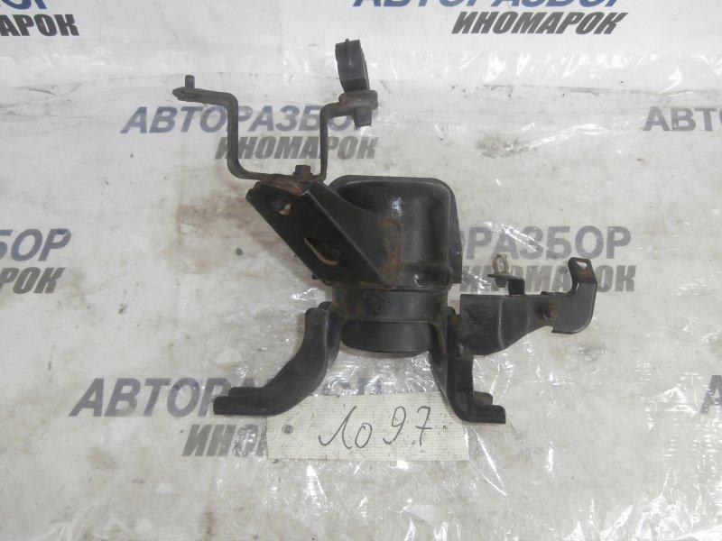 Подушка двигателя правая Toyota Auris ZRE151 1ZRFAE передняя правая (б/у)