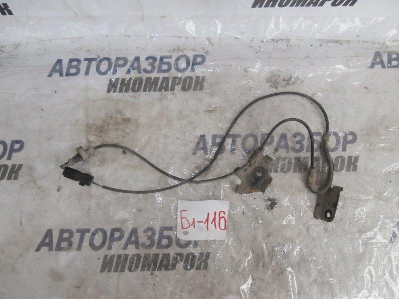 Датчик abs передний правый Lexus Hs250H ANF10 передний правый нижний (б/у)