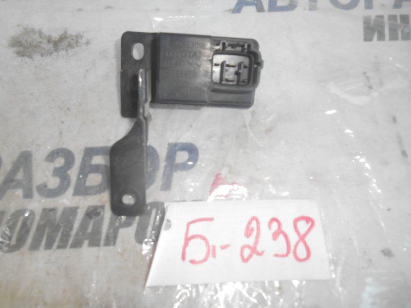Реле омывателя фар Lexus Es300 MCV10 переднее (б/у)