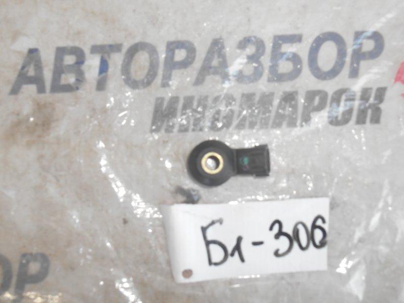 Датчик детонации Nissan Ad VHNY11 QG18DD передний (б/у)