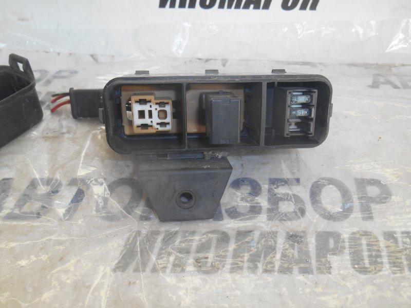 Блок предохранителей, реле Toyota Gaia ACN10 передний (б/у)