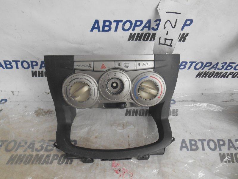 Блок управления климат-контролем Toyota Boon M300S передний (б/у)
