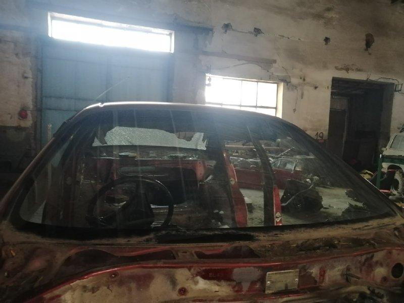 Стекло лобовое Toyota Corsa EL40 5EFE переднее (б/у)