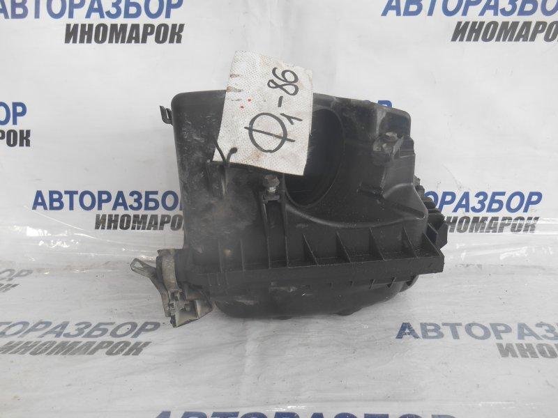 Корпус воздушного фильтра Toyota Auris ZRE151 1ZRFE передний верхний (б/у)