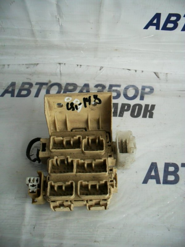 Блок предохранителей, реле Toyota Allion AZT241 передний (б/у)