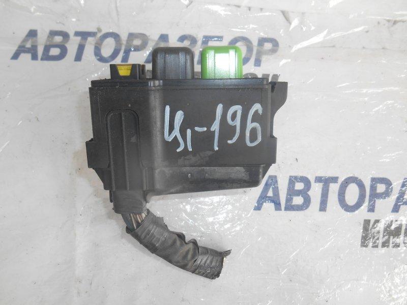 Блок предохранителей, реле Lexus Es300 MCV20 передний (б/у)
